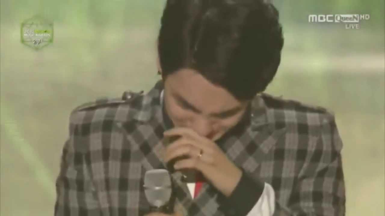 131114 Shinee Members Crying Melon Music Award 2013 Youtube