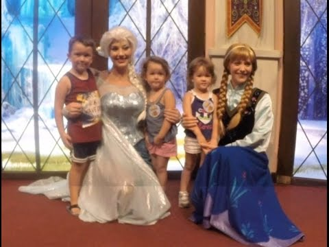 Anna and elsa disneyland meet and greet youtube anna and elsa disneyland meet and greet m4hsunfo