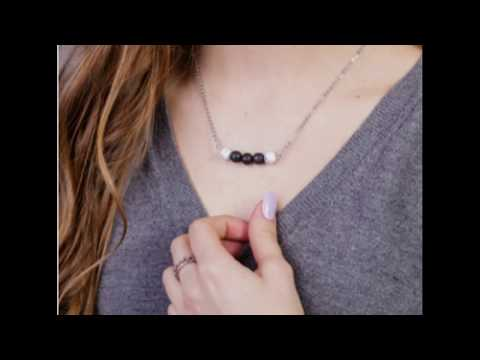 essential-oil-diffuser-aromatherapy-necklace