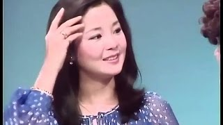 Teresa Teng in Japan TV show 1977.