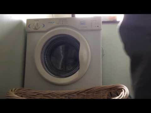 White Knight CL372WV ''Sensordry'' Compact Tumble Dryer
