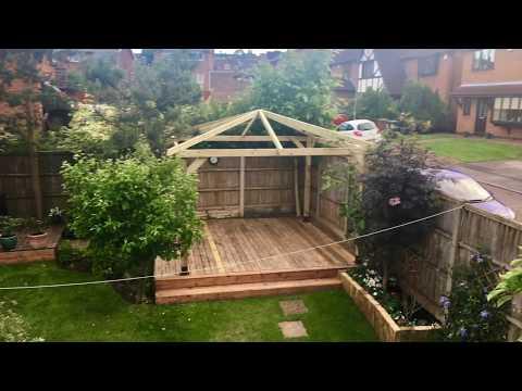 Building a Wooden Garden Bar : Gazebo