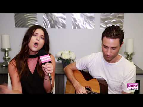 """Justine Magazine: Savannah Outen's Live, Acoustic Performance of Her Single """"Coins""""!"""