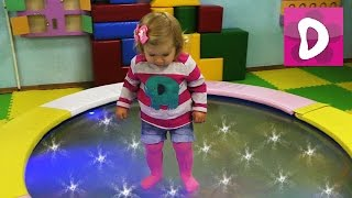 ✿ Играем в Детской Комнате Indoor Playground Family Fun for Kids Indoor Playroom with Balls