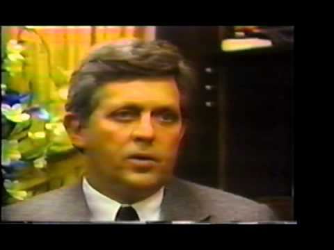 Dr. Robert Khayat - 2010 Innovators Hall of Fame Legend Award Recipient Tribute Video