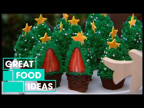 Make-Your-Own-Strawberry-Christmas-Tree-Cupcakes-Food-Great-Home-Ideas