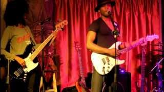 Roman GianArthur performs Bag Lady at Apache Cafe