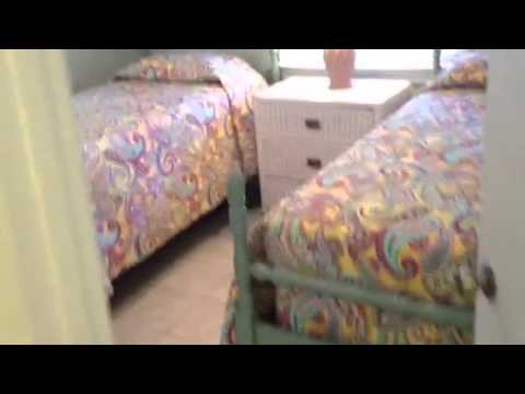 Folly Beach VRBO 2 Bedroom beach cottage Low Cost Vacation 843-530-3731