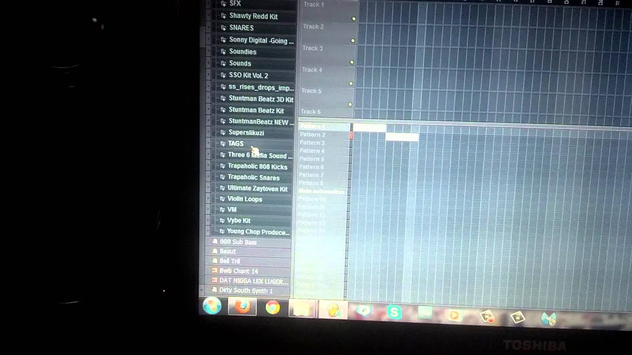 @StuntmanBeatz Making another Banger #BeatGang