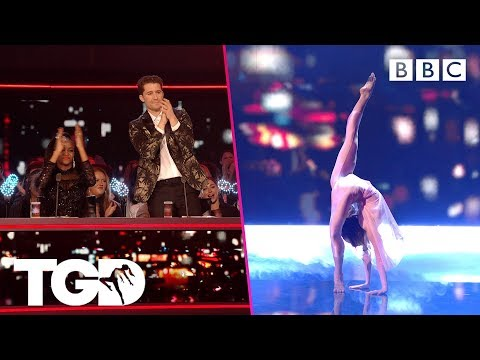 Hannah Dials It Up To 11 With A Telephone Box-themed Performance | The Greatest Dancer