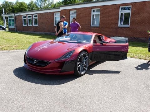 Rimac Concept One and Tesla Roadster