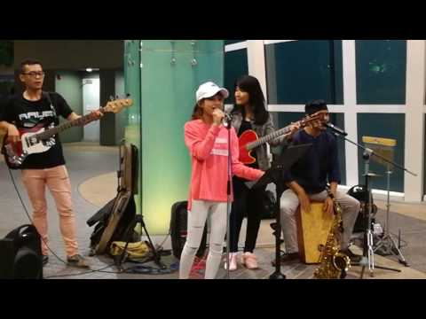 Love Me Like You Do - Cover by Erissa Puteri