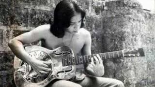 Play Balong Malalim (Live)