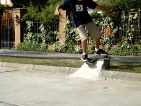 Skate Board Ramp >> D.I.Y Concrete Quarter Pipe 2 - YouTube