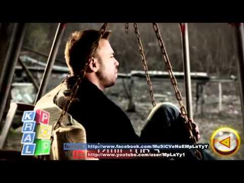 Berksan - Ölüyorum 2011 Yeni Klip [HD].mp4