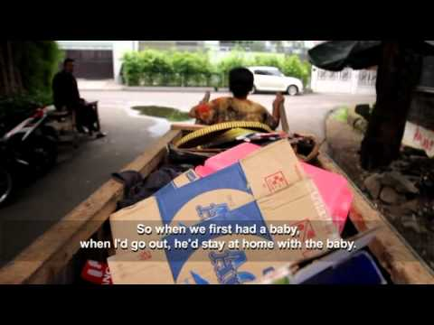 Indonesia: A trash picker hopes for a better life for her son