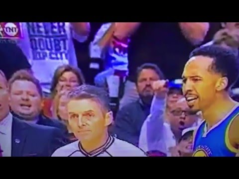 Warriors Shaun Livingston Calls Ref Motherfucker Gets Ejected From Trailblazers Game