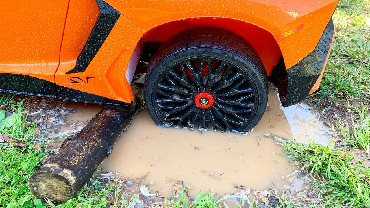 Lambo stuck in the mud | Dima Kids TV