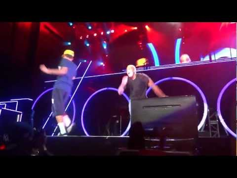 Chris Brown and BowWow perform