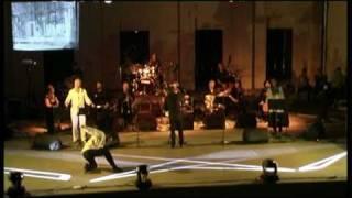 ΦΕΓΓΑΡΙ ΜΑΓΙΑ ΜΟΥΚΑΝΕΣ (τραγούδι Πατσιάς Κώστας)