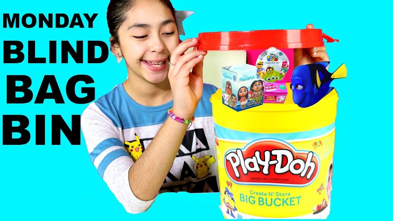Monday Blind Bag Bin Play Doh Bucket Surprise Toys Monana