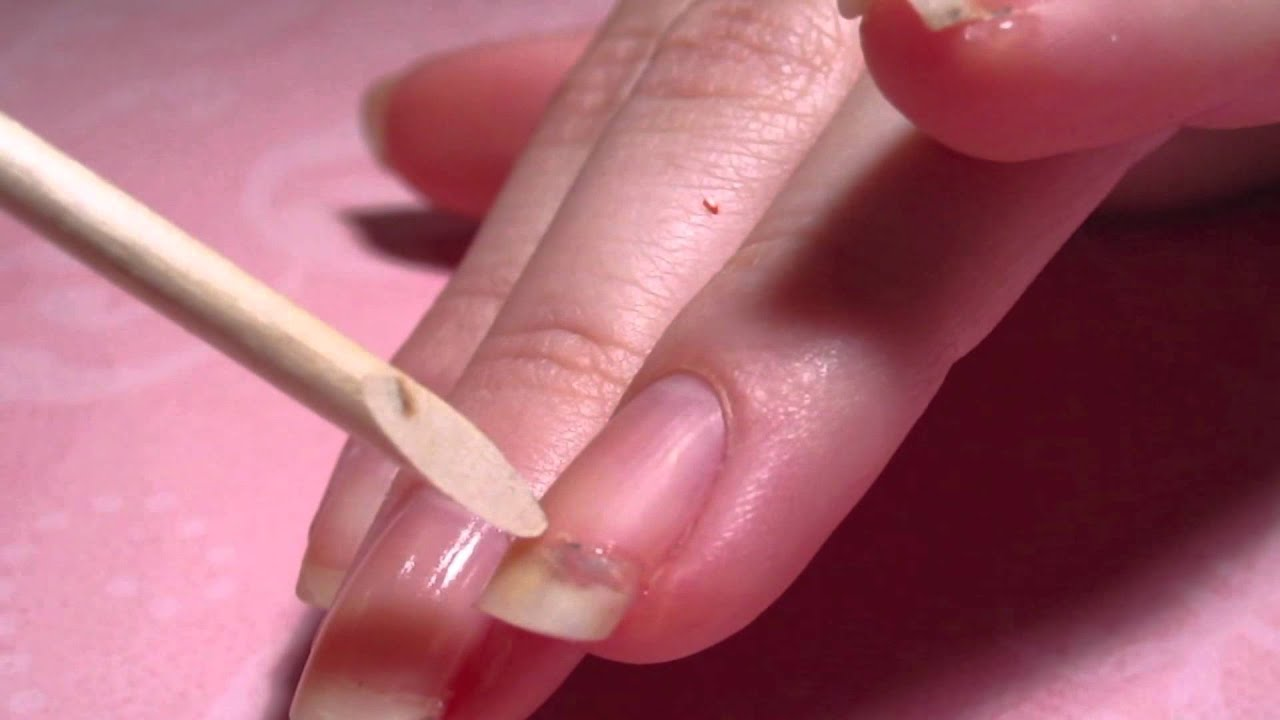 How To Fix A Cracked Nail - YouTube