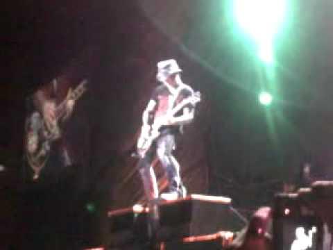 DJ Ashba's Guitar Solo - Chinese Democracy Tour - São Paulo 13.03.10