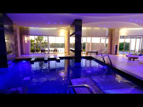 Atmosphere At The Relax Spa, Breathless Riviera Cancun Resort, Cancun, Filmed In 4k.
