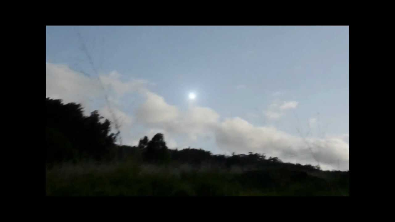 UFO Sightings Spectacular Bright UFO or Weather Phenomenon? March30, 2012