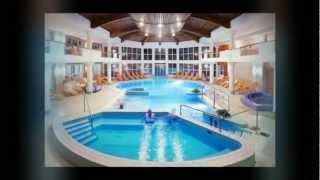 Hotel Európa fit - Hévíz: hotelvideo(A hévízi Hotel Európa fit****superior szálloda bemutatása képekben: kikapcsolódás, wellness, gyógyászat, medical wellness, szépségápolás, fogászat, sport..., 2012-12-07T10:06:51.000Z)