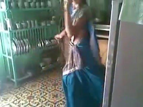 Cute Dance From Marathi Song Sali Pyar Karna..