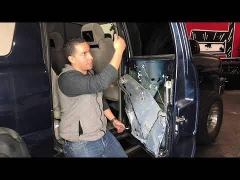 DIY: How to Replace Rear Window Regulator 00-06 Chevy Avlanche / Silverado