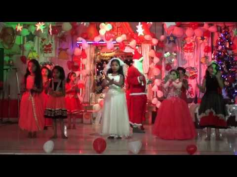 AAO TUMHE CHAND PAR LE JAYE ( DANCE )