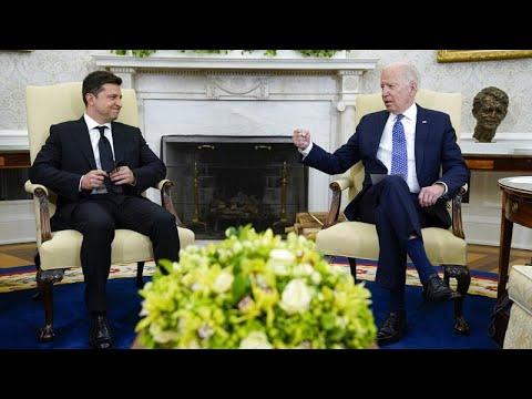 Biden reafirma su compromiso con Ucrania frente a la avanzada militar de Rusia en el Donbás