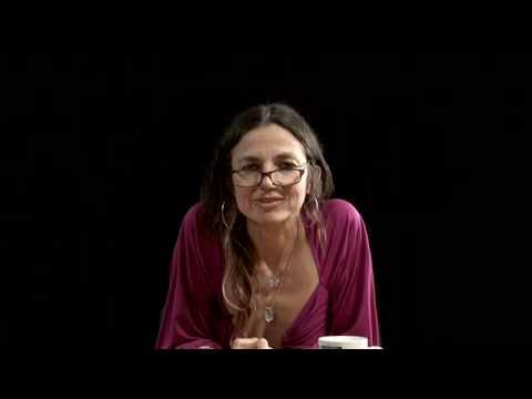 Justine Bateman - Larry King Game (KPCS Ep. 48) - YouTube