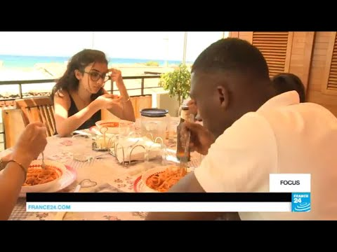Migrant Crisis: Italian host families take in unaccompanied minors