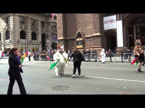 Video#1227 NYC Hispanic Parade 2013 Pt 2