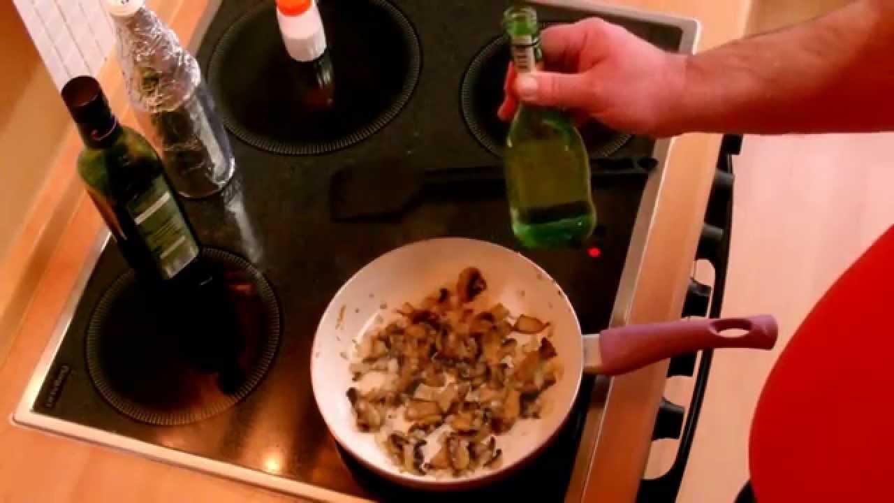 Jägersoße schnell selbst gemacht  Rezept z.B. für Schnitzel oder Omelette