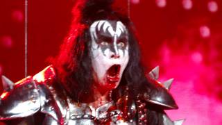 Gene Simmons Spitting Blood in Austin, Tx 12/4/2009.