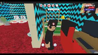 My First Ever Roblox Video! FYI im a slow typer XD