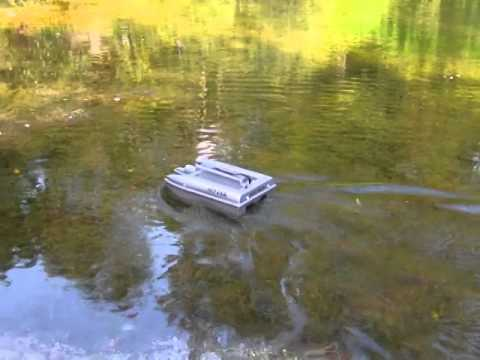 Spyder Bait Boat In Canadian Pond Weed #SpyderBaitBoats