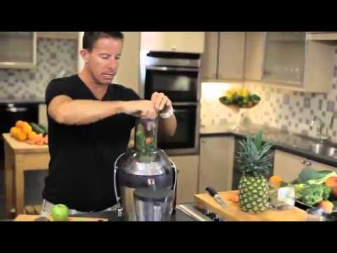 Philips 1000W Quick Clean Juicer with Spout