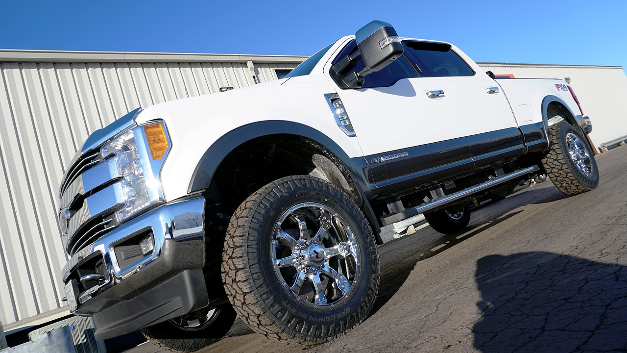 "2017 F250 Lifted >> RealView - 2017 Ford F-350 Super Duty Lariat w/ 20"" Raceline Assaults & 34"" Nitto Exo Grapplers ..."