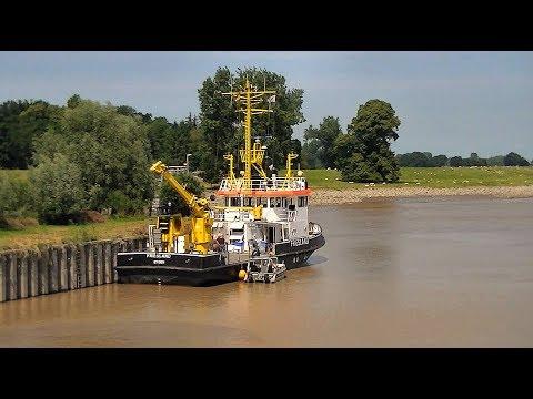"""Messschiff """"Friesland"""" setzt Beiboot aus / Survey vessel """"Friesland"""""""