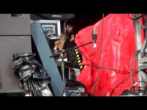 Serge Pizzorno & Amy watching Miles Kane @ Hard Rock Calling 29/6/2013