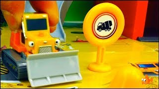 Gambar cover CONCRETE FACTORY - Bruder Toy Trucks Friends -  Toy cars videos for kids - Toy helper