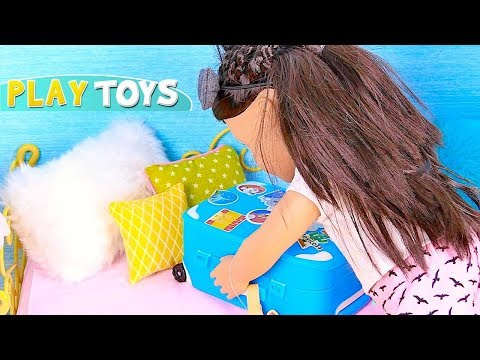 Play Baby Doll Trip Packing in the Doll Bedroom with Wardrobe Closet! 🎀