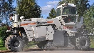 Asphalt milling with Wirtgen WR 2500 Cold Recycler