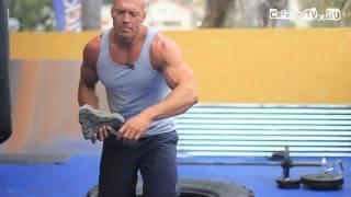 Тренировки плеч без штанги и гантелей!(В этом видео показано как правильно качать дельтавидные мышцы,плечи! Много интересного видео о спорте,фитн..., 2013-08-24T21:03:34.000Z)