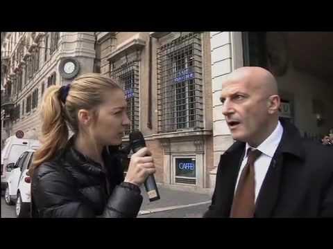 Beatrice Borromeo intervista Augusto Minzolini - 15 marzo 2010 (Il Fatto Quotidiano)